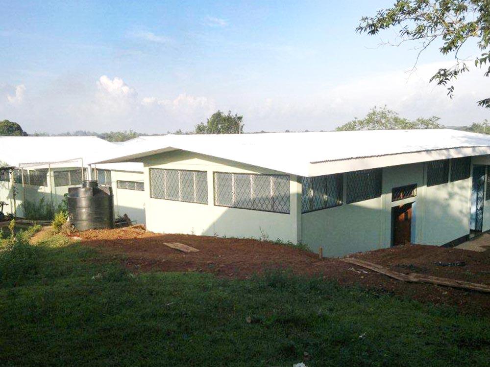 Centro de Salud Comunidad la Aurora Bluefields - Construcción de Obras Civiles - Reinar S.A
