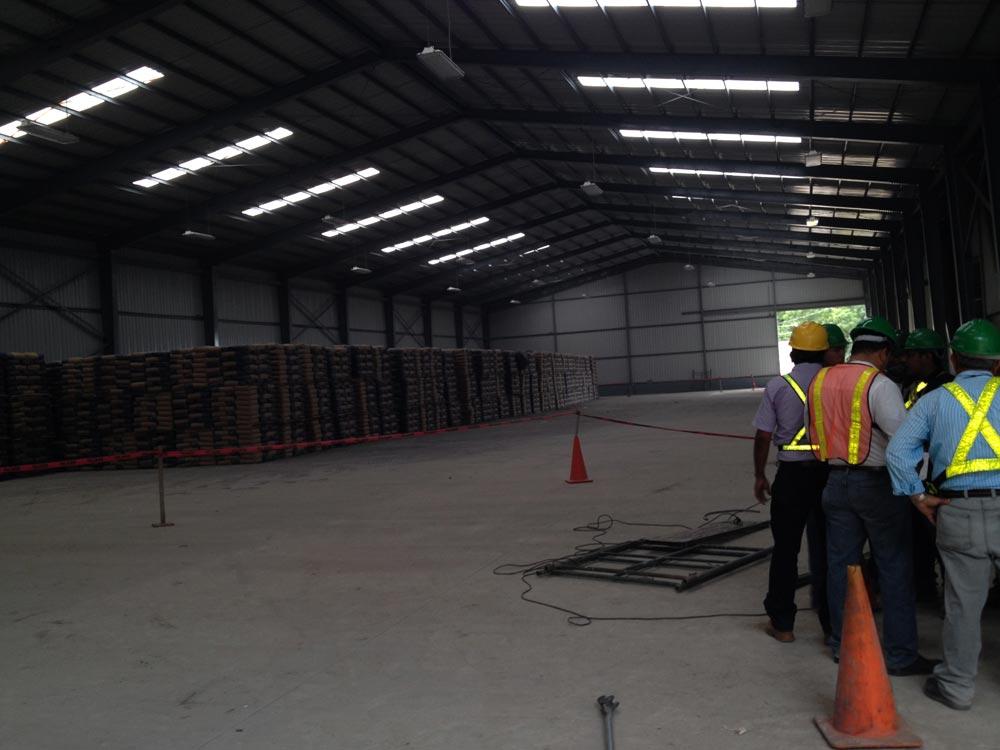 Construcción de Bodega - Holcim - Construccion de Obras Civiles - Reinar S.A