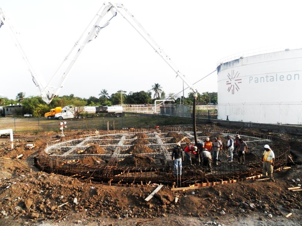 Construcción de Base de Tanque - Construcción de Obras Civiles - Reinar S.A